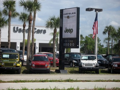 chrysler-jeep-dealership-by-The-Consumerist.jpg
