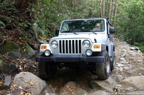 driving-stock-jeep-wrangler-unlimited-offroad