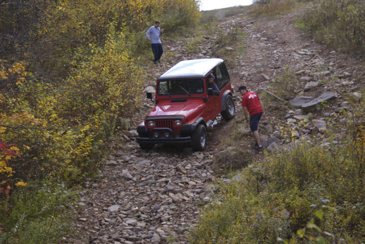 Superior How To Stay Safe When Offroading In Your Jeep.