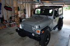 jeep-barely-fits-in-garage.jpg