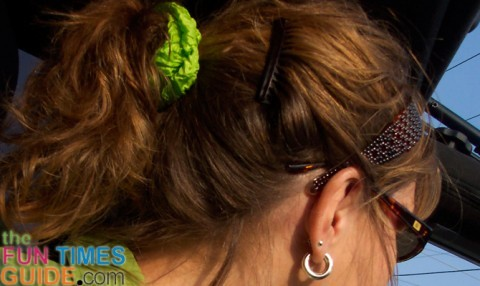 jeep ponytail with headband and hair combs