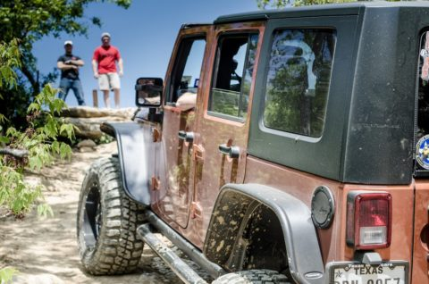 Jeep Wrangler owners share a list of Jeep Wrangler pros and cons to help you decide if you should buy one or not.