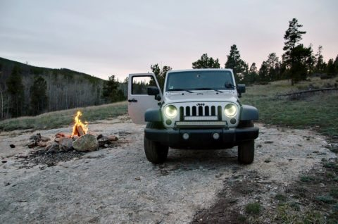 jeep wrangler sport camping