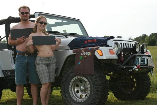 First Annual Jeep Go Topless Day Thousands Of Jeep Owners