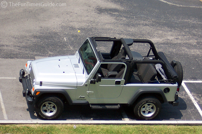 Video How To Take Off Amp Put On A Jeep Soft Top The Jeep