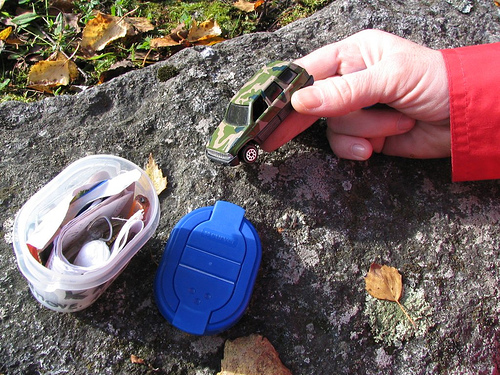 how to leave a geocache