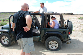 jeep-flat-tire-in-aruba.jpg